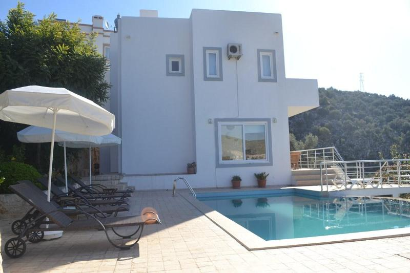 5 bedroom luxury villa with private pool and perfe - Image 1 - Kalkan - rentals