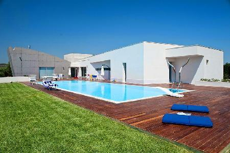 Villa Floridia - Eco-friendly luxury villa in Siracusa Area offers pool, fitness room & home theater - Image 1 - Fanusa - rentals