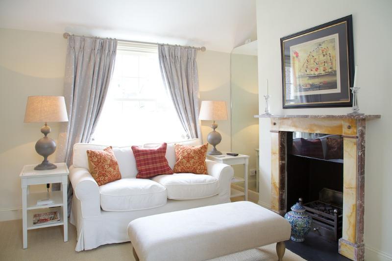 Sitting Room - St Albans Grove, Kensington - London - rentals