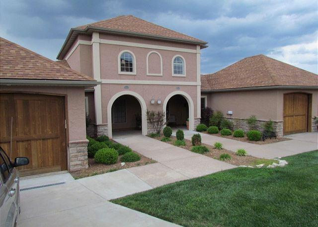 """Front of Villa - Fall in """"amore"""" with this pet friendly, Italian villa named Tuscany Hills! - Hollister - rentals"""