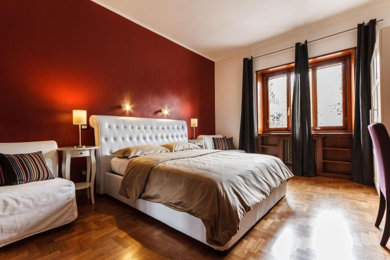 Large and confortable room - B&B L'angolo Cortese - Room with internal bathroom - Rome - rentals
