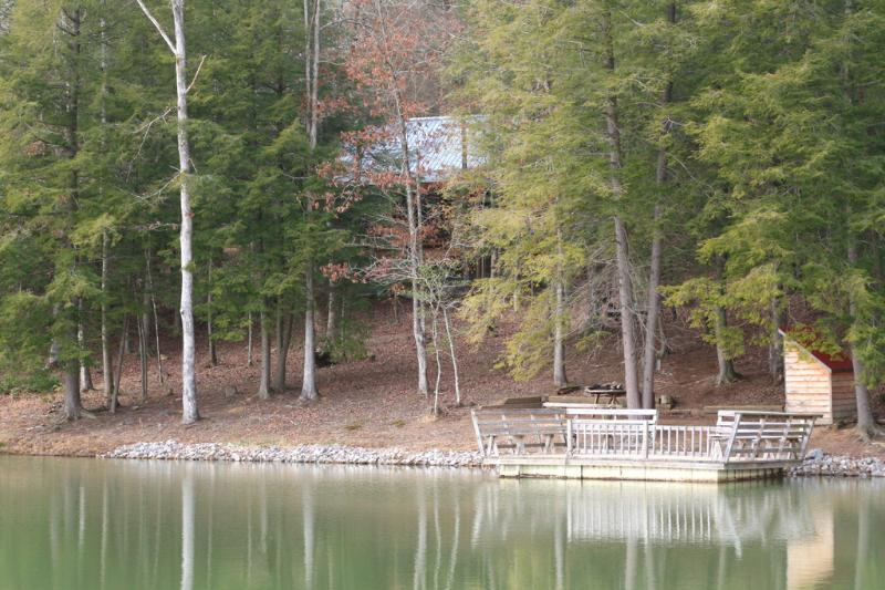 secluded cabin near private lake stocked with bluegill and bass - Whippoowill Hideaway/ secluded cabin/ fishing - Monterey - rentals