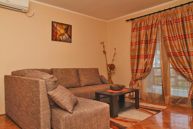 Nice and cozy apartment - Image 1 - Budva - rentals