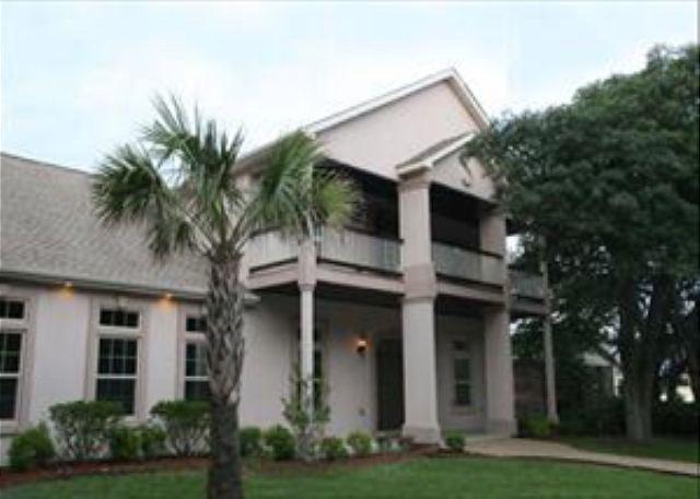 Luxury 5 Bedroom House (Black Pearl)-  Atlantic Beach South Carolina - Image 1 - Atlantic Beach - rentals