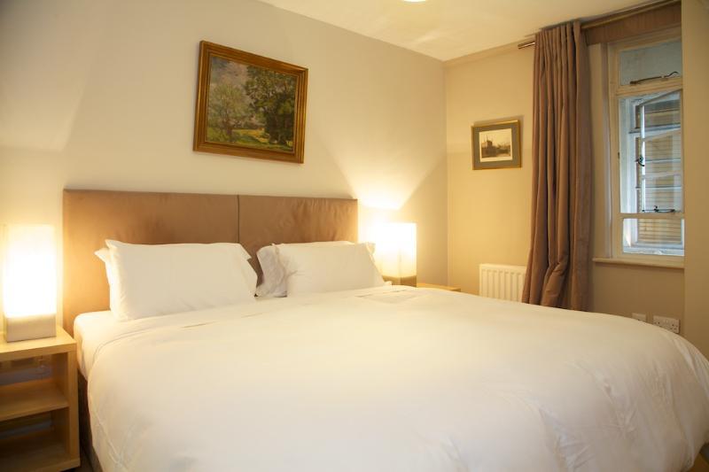Bedroom - 85b926d6-a157-11e2-a22b-782bcb2e2636 - London - rentals
