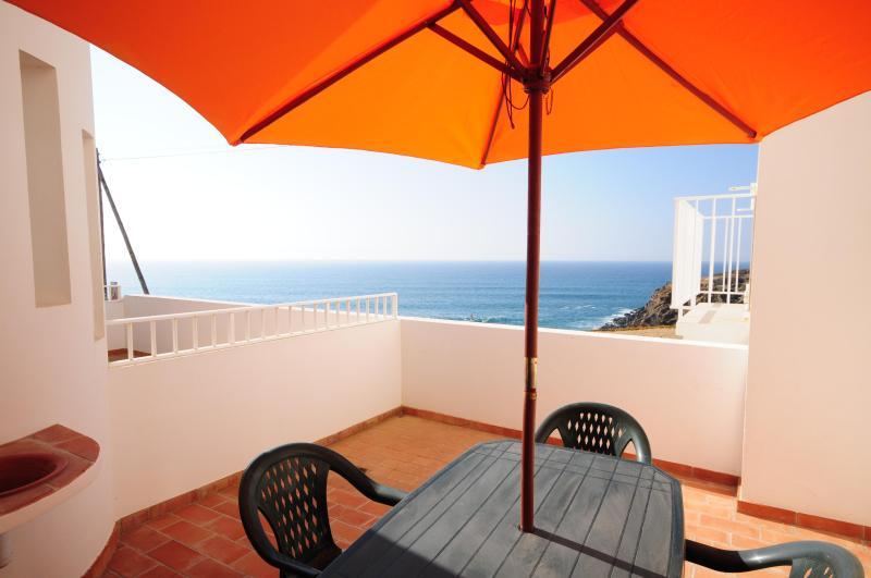 Apartamento T1 Zambujeira Mar - Image 1 - Odemira - rentals