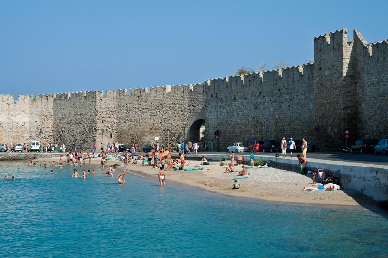 ILIOS apartment,beautiful beach 5 minutes from our place. - ''Ilios Apartment'' in the  Old  Medieval Town of  Rhodes! - Rhodes Town - rentals