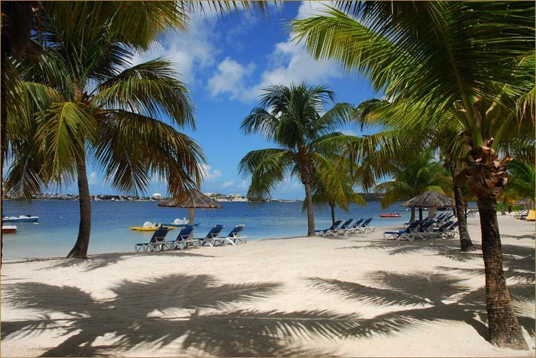 BETWEEN BEACH AND LAGOON - LAGOON SIDE - BAIE NETTLE - Sint Maarten - rentals