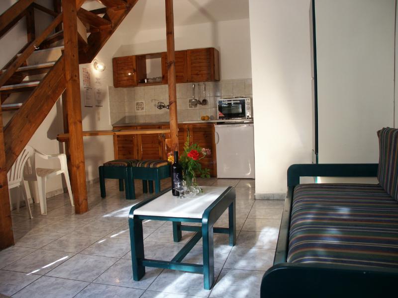 Living Room - 4 Bedded Kleoni Maisonette - Tolo - rentals