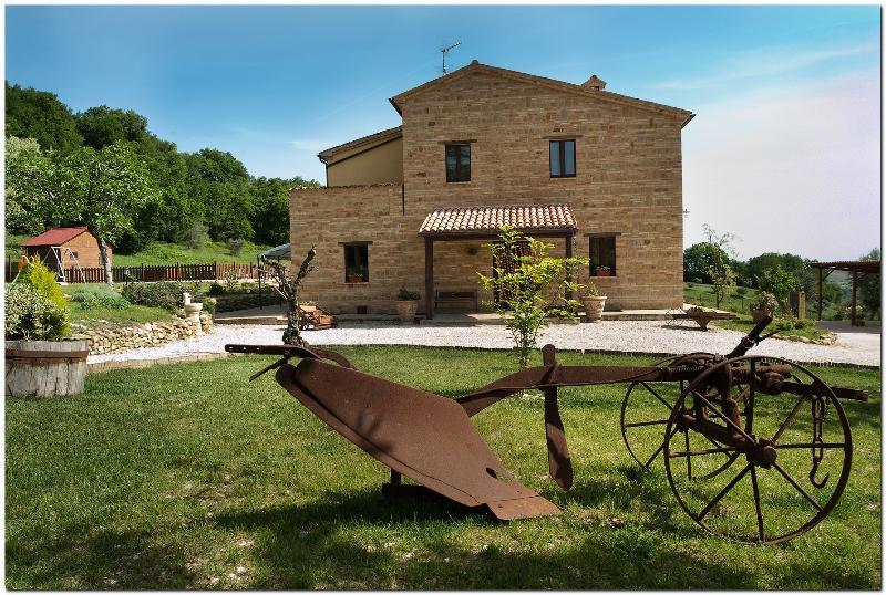 fronT view - Il casale di Aurora Country villa,Haven Of Peace A - Colmurano - rentals