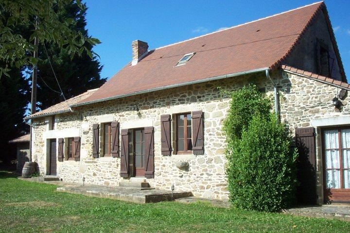 Beynac Cottage - Rustic Traditional Cottage in Quiet Dordogne Village (Near Thiviers) - Saint-Saud-Lacoussiere - rentals