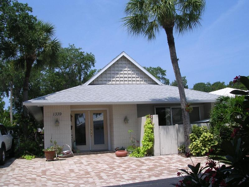 Front - Moonmist Villa - Sarasota - rentals
