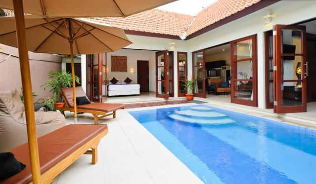 ENTRANCE TO VILLA - LUXURY, CENTRAL, PRIVATE 2 BDRM, 100 MTRS TO BEACH - Sanur - rentals