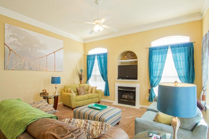 Luxury 2 Bdrm condo just steps from the beach - Image 1 - Gulfport - rentals
