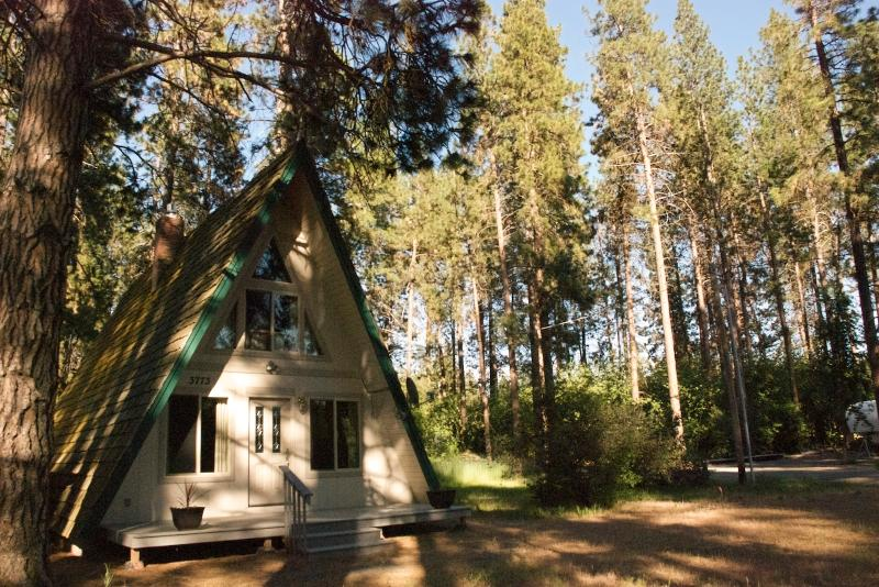 Chalet - Tecumseh Spring Rentals - The Chalet - Crater Lake - rentals