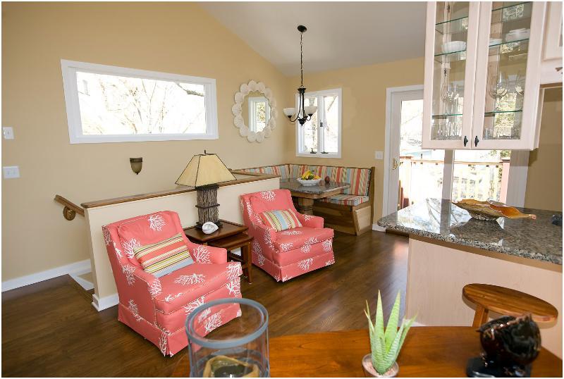 3rd Floor Living Area - 15B  Cookman - 3 Seas Cottages - Rehoboth Beach - rentals