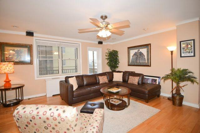 Designer Furnishings, Great View, High end finishes. - High End/ Upgraded Unit in Historic Highrise - Atlanta - rentals