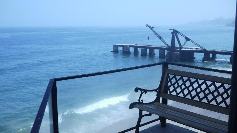 3 bedroom apartment on the beach - Image 1 - Vina del Mar - rentals