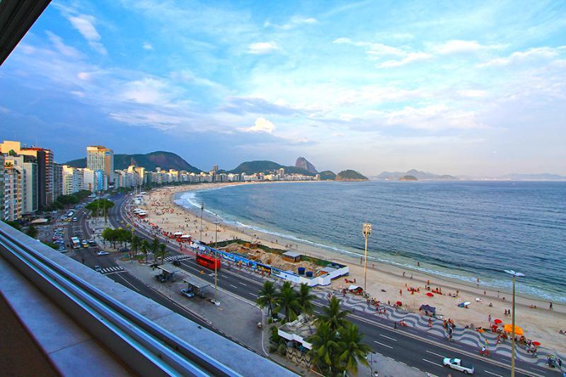 OCEANFRONT 2 BEDROOM COPACABANA - Image 1 - Rio de Janeiro - rentals
