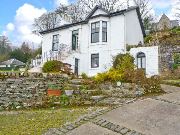 CLYDE COTTAGE, all ground floor, off road parking, decked garden, in Dunoon, Ref 22215 - Image 1 - Dunoon - rentals
