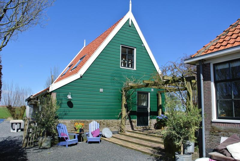 free standing guesthouse with private entrance and garden - Skaap bed and breakfast Amsterdam Waterland - Amsterdam - rentals