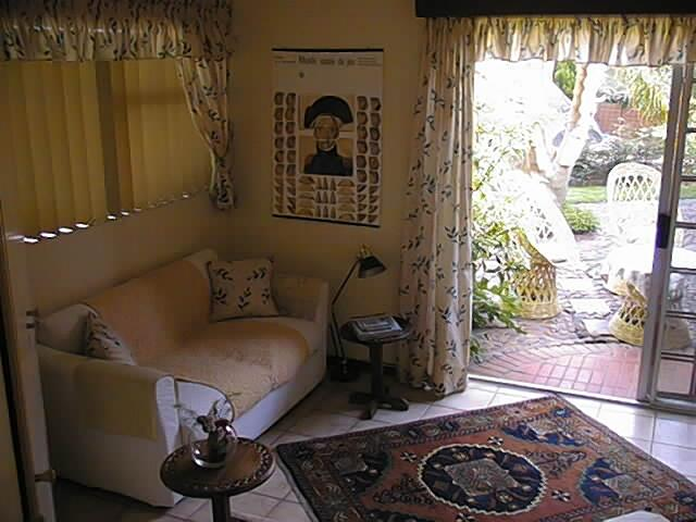 A LA FUGUE Guesthouse - Image 1 - Upington - rentals