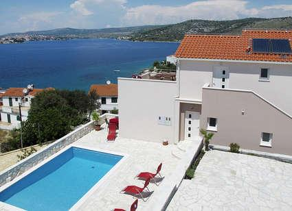Villa Mona - Roz 133 - Image 1 - Razanj - rentals