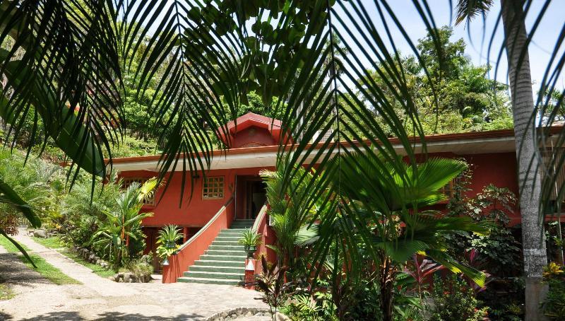 Casa Cascadas,Manuel Antonio,Quepos - Image 1 - Puntarenas - rentals