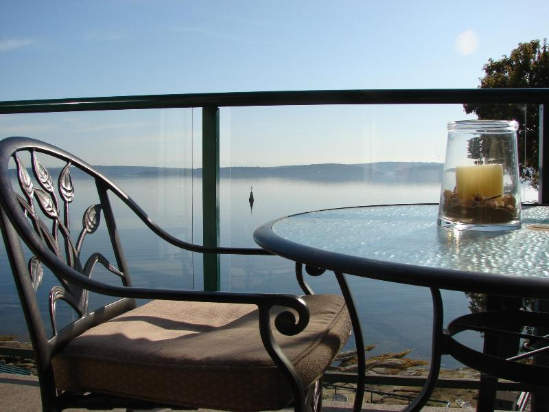 sit back on your deck and relax - Van Island Oceanfront Paridise...  pool & hot tub - Nanaimo - rentals