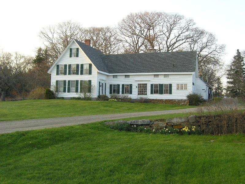 Wonderful 1855 farmhouse on John's Bay - Image 1 - Pemaquid - rentals