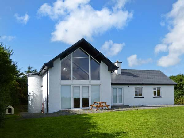 ARD CAOIN, fabulous views, coastal setting, close to beach in Ballinskelligs, Ref 29041 - Image 1 - Ballinskelligs - rentals