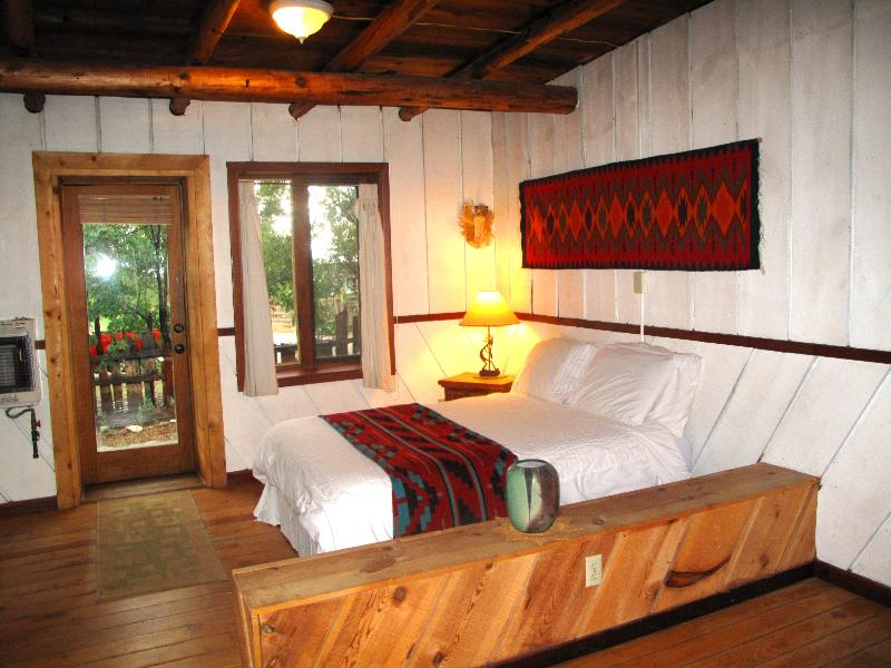 Farm Stay at the Writer's Cabin on a 40 acre Organic  Goj Berry Farm, Sleeps 3-4 - Image 1 - San Cristobal - rentals