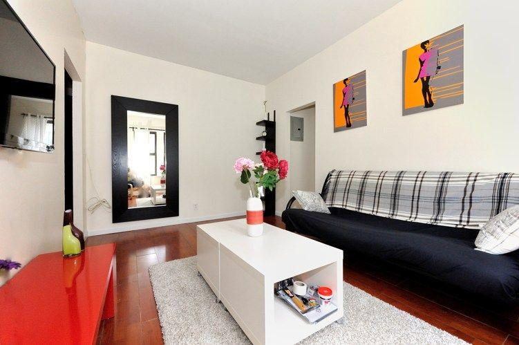 Cosy 3 BR , 2 stops from Times Square - Image 1 - New York City - rentals