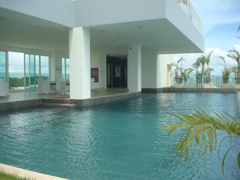 Luxury 1 Bedroom View Cozy Beach - Image 1 - Pattaya - rentals