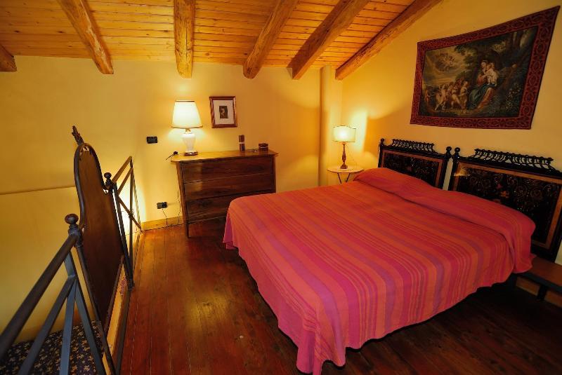 romantic bedroom - (holidays house) ETNA SALTO DEL CORVO - Mascali - rentals