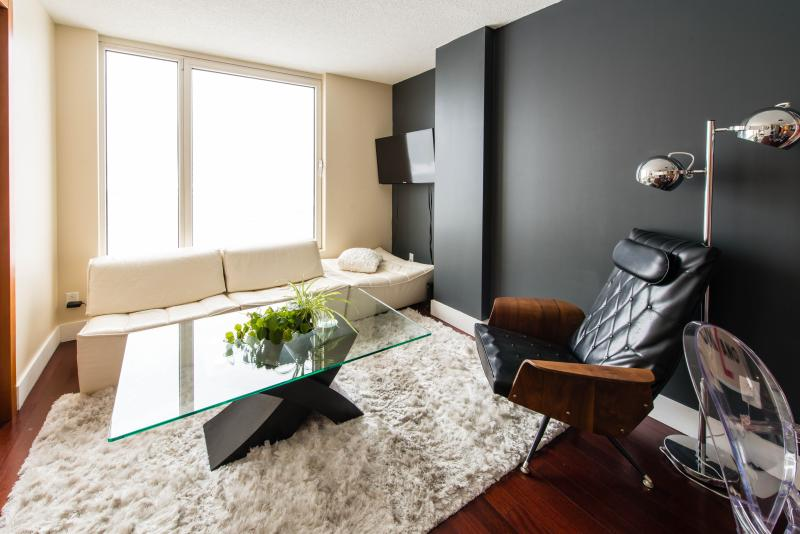 Executive Luxury Apartment in Old Port  Montreal - Image 1 - Montreal - rentals