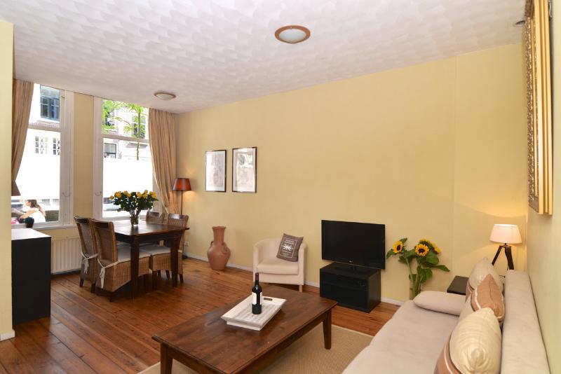 Quartier Latin Apartment - Image 1 - Amsterdam - rentals