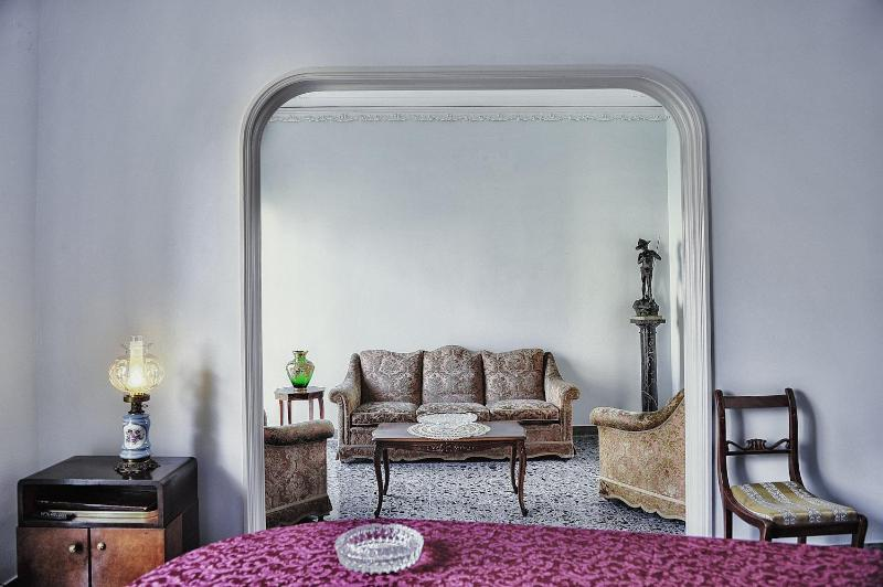 Flat in Naples | Holiday & Business - Image 1 - Naples - rentals