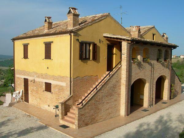 Typical Italian farmhouse with large pool - Image 1 - Cossignano - rentals