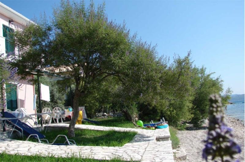 Apartment in Nikiana, next to the beach - Image 1 - Nikiana - rentals