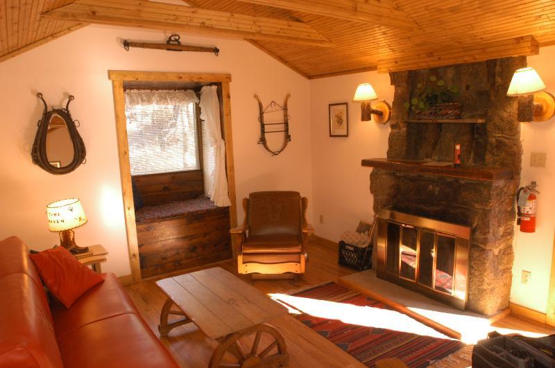 Wrangler Living Room - Wrangler B&B Cabin - Estes Park - rentals