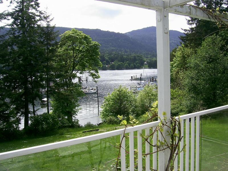 balcony harbour view - Fulford Dunderry: London Rm -.queen bed - Salt Spring Island - rentals