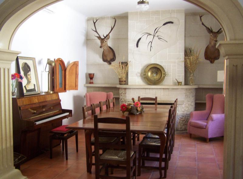 Elegant Villa in the Heart of La Mancha - Image 1 - Cuenca - rentals