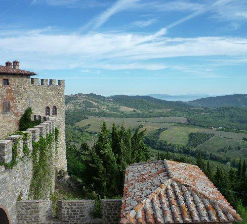 View over the valey from Castello di Montegiove - Restored olive mill of Montegiove Castle, Leccino - Montegabbione - rentals