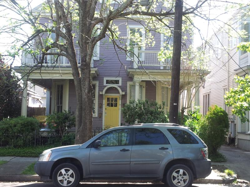 Exterior of house; apt 2nd floor left - Charming Uptown New Orleans Apartment - New Orleans - rentals