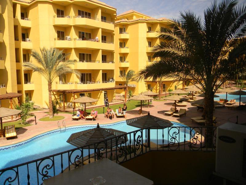 Balcony view 1st property - Apartments in British resort, Hurghada, Egypt - Hurghada - rentals