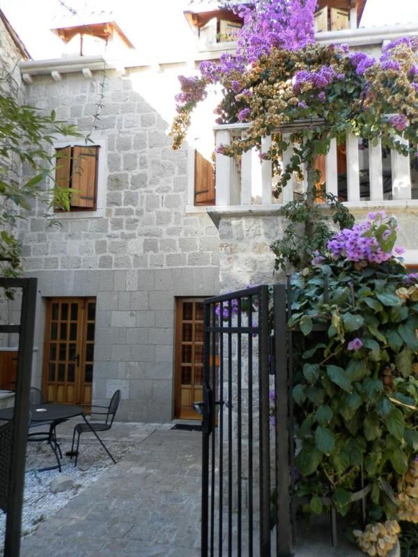 Villa Stone Flower - Villa Stone Flower in the heart of Split - Split - rentals