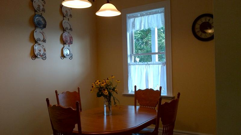 Dining - Cunardhouse - Pictou - rentals