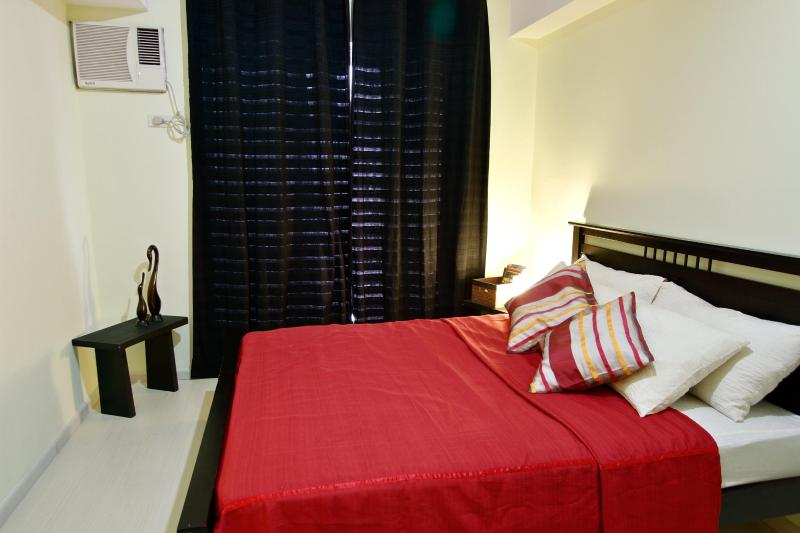 Black out curtains for those who sleeps during the day - Unit at Makati City-  complimentary wifi - Makati - rentals