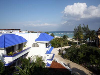 Sea,Sun and Sandy Beach.Have It All When You Stay At Condo del Arbol Next To Beach and Sea - Enchanting Seaside,Mexican Caribbean Condo .Pool. - Playa del Carmen - rentals